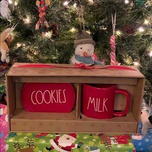 Rae Dunn Cookies and Milk Holiday Set
